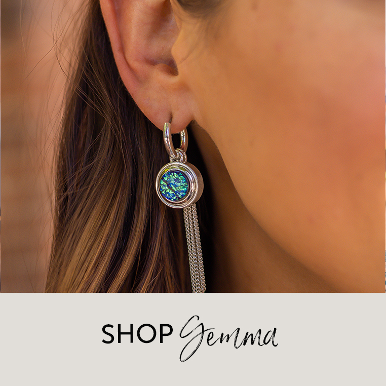 Gemma earring with teal dot